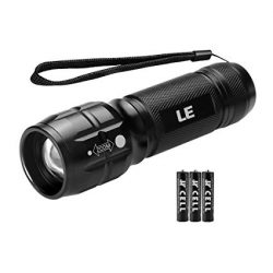 Dogbox 3w cree led torch adjustable from spot to flood 3aaa batteries pocket clip and tail magnet folding head 45' $ 15.40